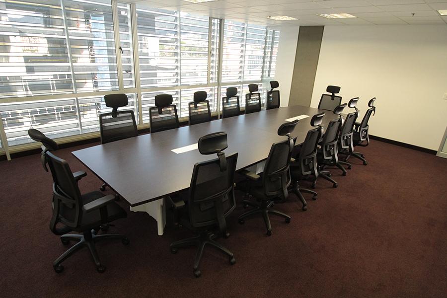 Rayes mobiliairio for Mesas de juntas para oficina